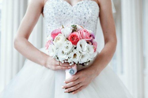 Букеты из роз для разных невест